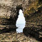 Flamborough cave, low tide by patjila