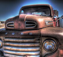 Trailers, Trucks and Cars of the 40's and 50's by Timothy S Price