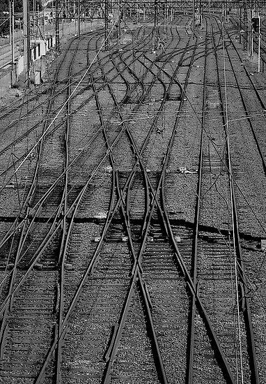 Tracks by Rhoufi