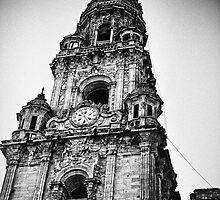Clock tower, Santiago de compostela by julianl