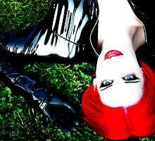 L, high contrast, lying on the grass by SilkShots