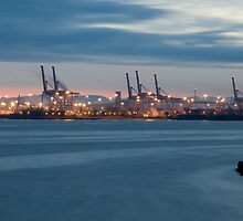 Seattle Industrial area Sunrise by DiamondCactus