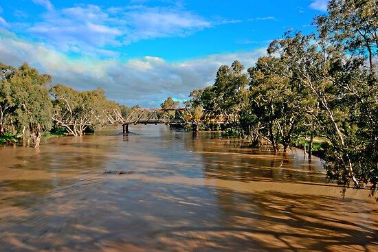 Murrumbidgee Full Flow by bazcelt