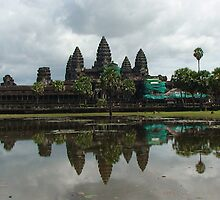 Angkor Wat by Intrepidjoan