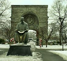 Statue of Nikola Tesla at Niagara Falls, New York by Susan Russell