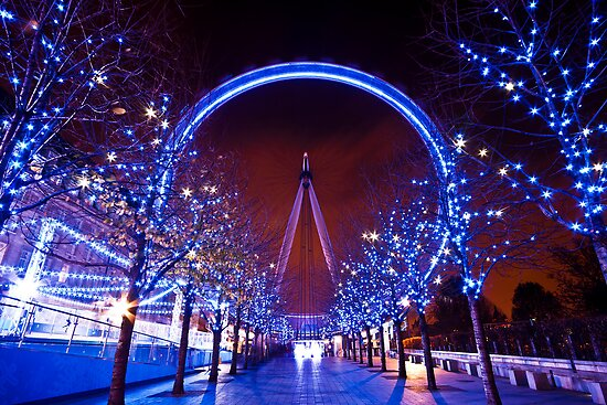 Christmas time at the London eye by Shaun Whiteman