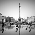 London. Trafalgar Square in the rain. (Alan Copson ) by Alan Copson