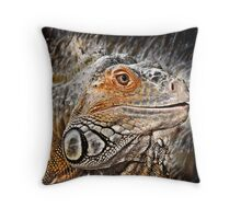 reptiles Throw Pillow