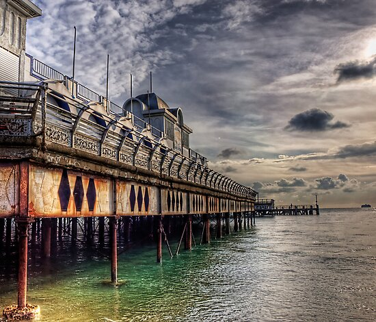 South Parade Pier Portsmouth  by NeilAlderney
