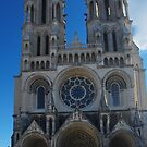Laon - West Facade by Peter Reid