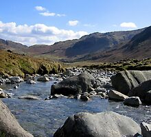 Great Langdale Beck by mikebov