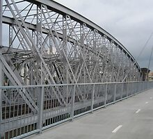 Indooroopilly Bridges II by Hugh Fathers