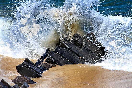 Somerset Wreck Cape Cod by capecodart