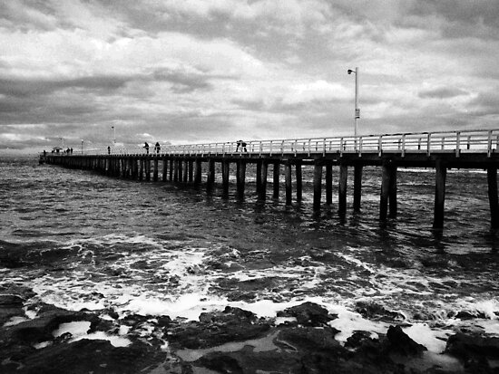 Point Lonsdale Pier on a stormy day by Andrew (ark photograhy art)