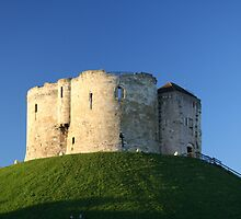 Clifford's Tower - York by Phillip Haley