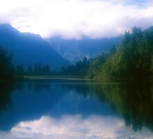 Lake Matheson, Westland National Park by Alex Cassels
