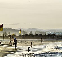Coolangatta Beach by Craig Shillington