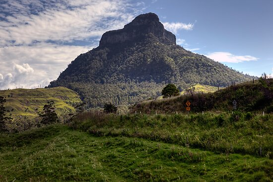 Mount Lindesay • Queensland • Australia by William Bullimore