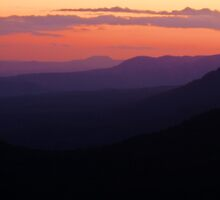 101229 Blue Mountians Echo Point at dusk by Jaxybelle