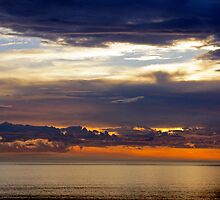 Bass Strait Sunset by Harry Oldmeadow