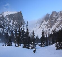 Hallet's Peak - Rocky Mountain National Park by Teresa Smith