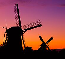 Windmills at Sunset - Kinderdijk, Netherlands by Yen Baet