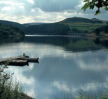 Ladybower Reservoir by Paul  Green