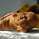 Terracotta Reclining Buddha  by yeuxdechat
