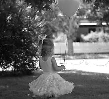 Olivia and a balloon by Lanii  Douglas