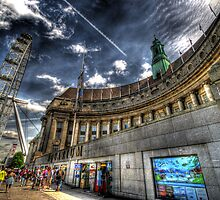 Sea Life London Aquarium & London Eye by Yhun Suarez