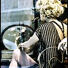 Marilyn in the mirror by luckylarue