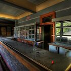 Old Time Bar by Malcolm Katon