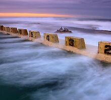 Merewether Ocean Baths - Sun Rise by Andi Surjanto