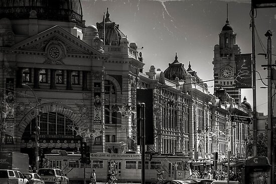 The Hub of Melbourne by Vince Russell