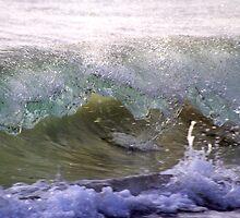 Wave Break #2 by Noel Elliot