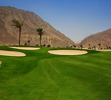 Hole 1 Par 4 by TabaGolf