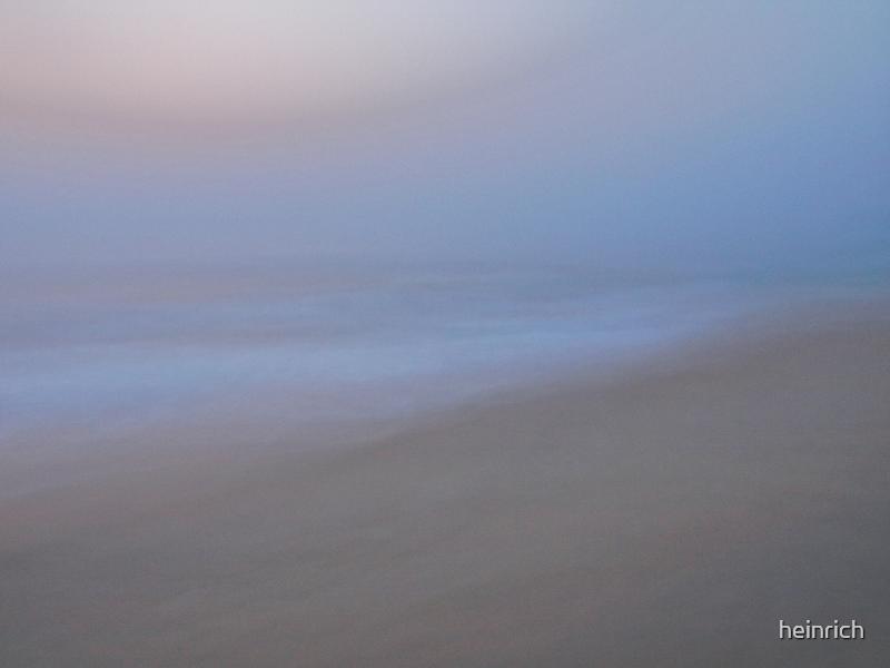 Evening walk on the beach.... by heinrich