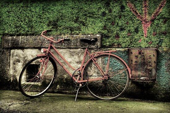 Old School Orange by Luke Griffin