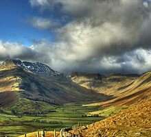 Langdale..After The Mist  by VoluntaryRanger