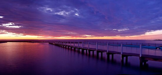 Narrabeen Dawn by donnnnnny