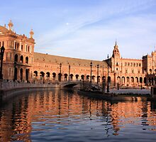 Plaza de Espana pond by SoulSparrow