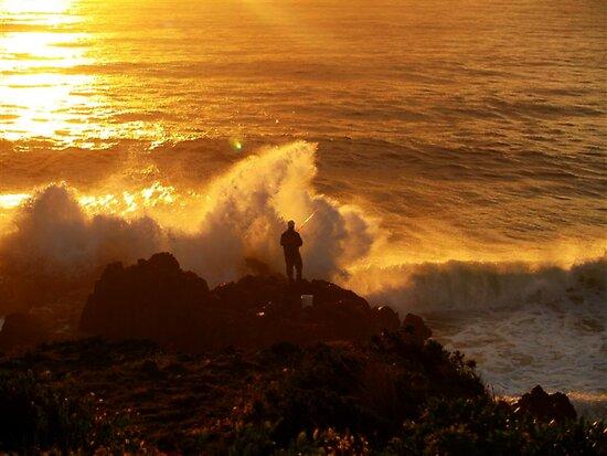 Rock Fishing Near Moruya - NSW - Australia. xx by shortshooter-Al
