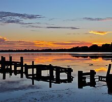 Budgewoi Lake. 11-2-11 sunrise. by Warren  Patten
