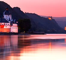 Upper Middle Rhine Valley 01 by tomuhlenberg