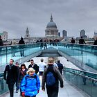Rush hours on the Millenium Bridge by Marco Dall'Omo