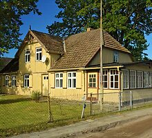 MVP44 Old house in Prerow, Germany. by David A. L. Davies