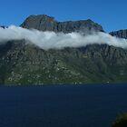 Cloudbands above Lake Wakatipu by orkology