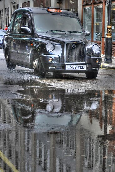 The london black cab by Marco Dall'Omo