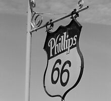 Route 66 - McLean, Texas by Frank Romeo