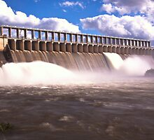 Lake Hume overflows by John Vandeven